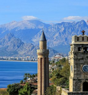 Your Guide to Finding Accommodation in Antalya, Turkey